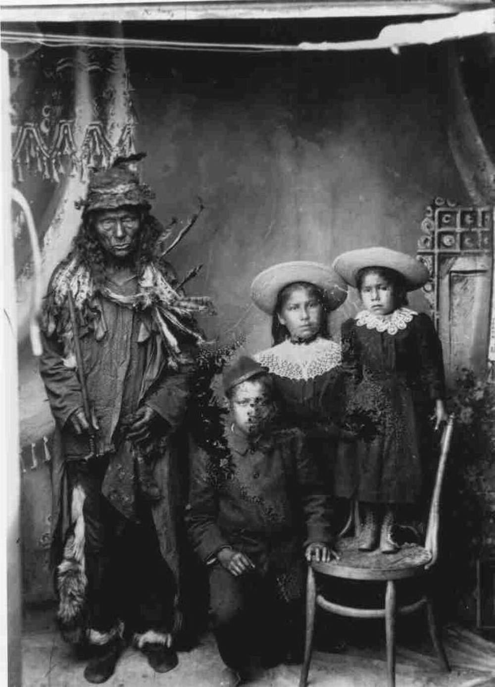 « Quewich et ses enfants »